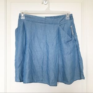 OLD NAVY • Chambray Denim Skirt With Pockets Sz S